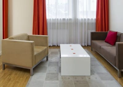 Mamaison Residence Sulekova Bratislava_Business room-Orange-03